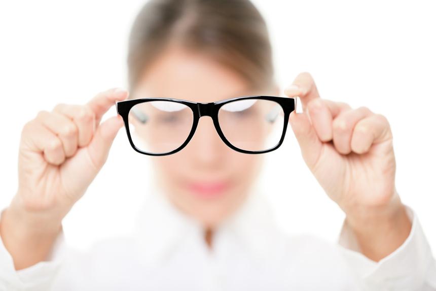 Cirurgia refrativa a laser - dependa menos dos óculos