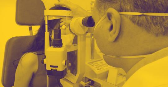 descolamento de retina em paciente míopes
